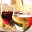 ¿Cómo limpiar las copas de vino y de agua?