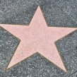 ¿Cuántas estrellas hay en el Paseo de la Fama de Hollywood?