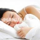 Un vaso de leche y galletas, la mejor solución contra el insomnio